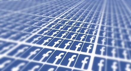 facebook-715811_640