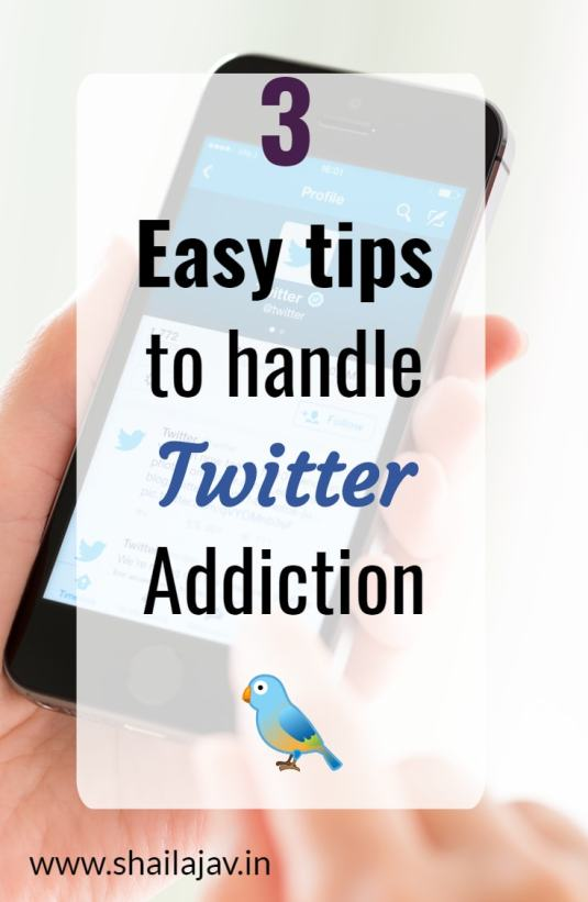 How to handle social media fatigue. Tips to handle #Twitter addiction and learning #SocialMedia strategies to stay sane. #BloggingTips