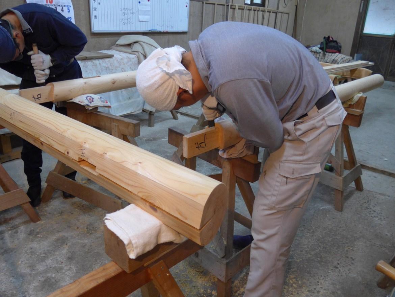 ⑤笠木(上部の横木)と接合加工