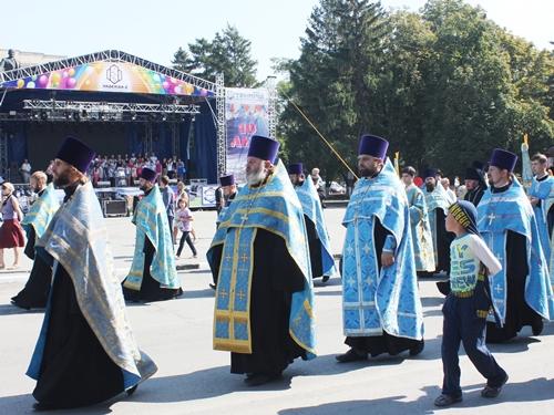 В честь 210-летия города по шахтинским улицам прошёл крестный ход