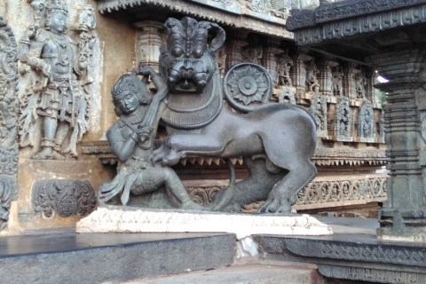 travel-vacation-holiday-trip-south-india-temple-architecture-guestpost-shalzmojo