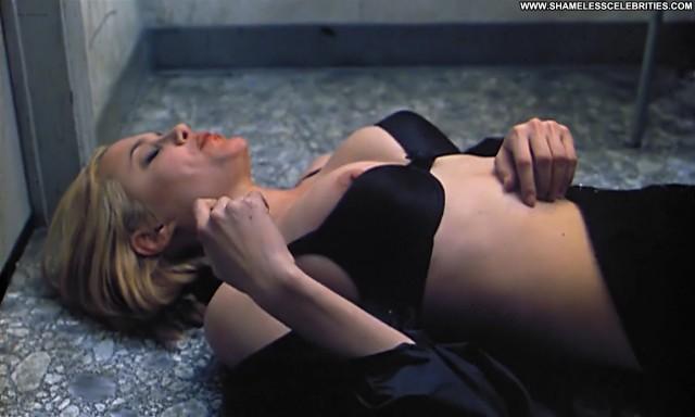 Angelina Jolie Rosanna Arquette Hell S Kitchen Boobs Public