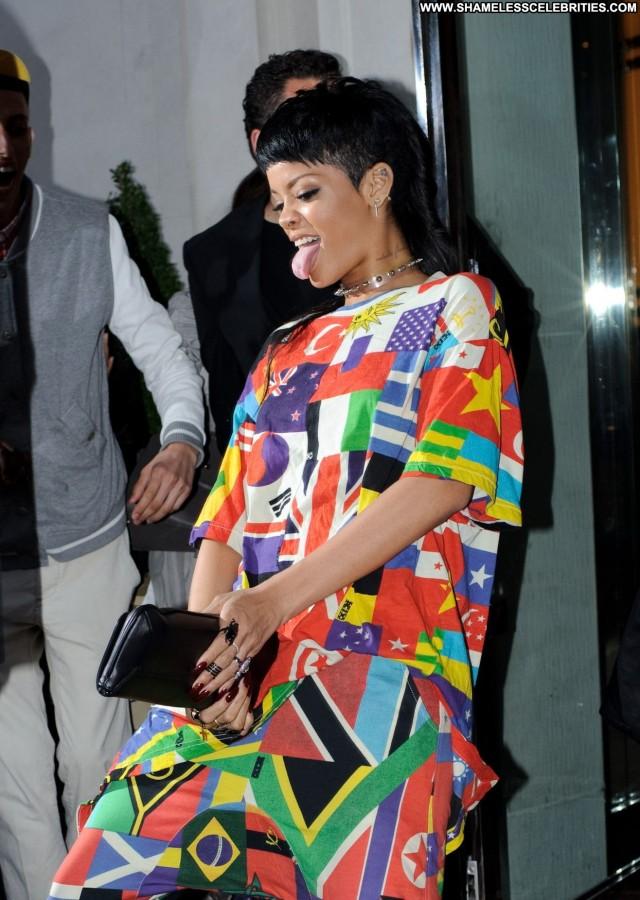 Rihanna Babe London Celebrity Beautiful High Resolution Posing Hot