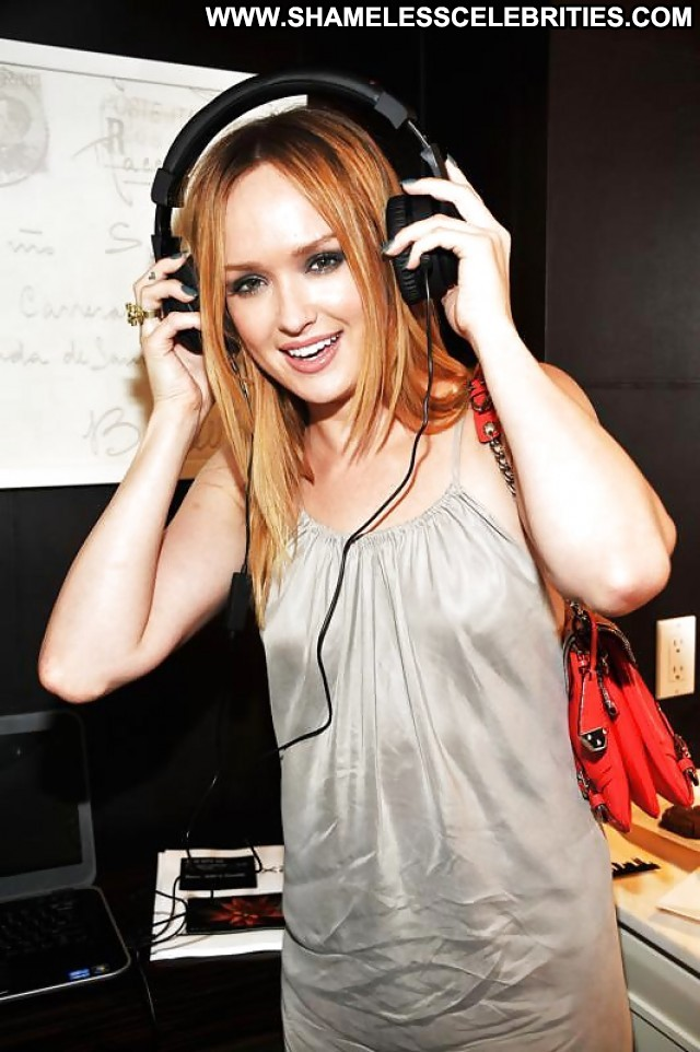 Kaylee Defer Pictures Milf Celebrity Sexy Posing Hot Famous Nude Hot