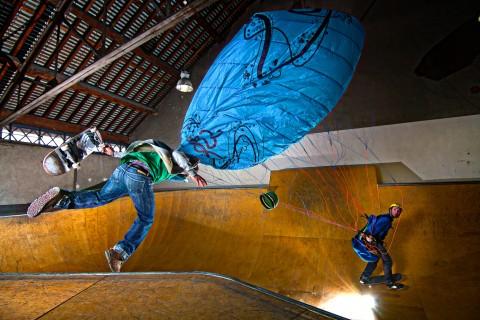Paragliding Skate