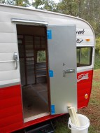 red-retro-shasta-airflyte-restoration - 71