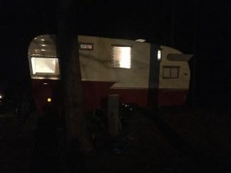 pine-mountain-retro-camper - 40