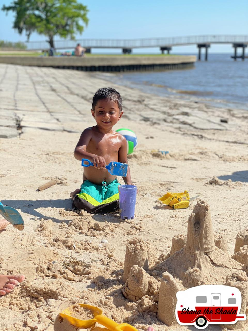 Sandcastles-at-Fontainebleau