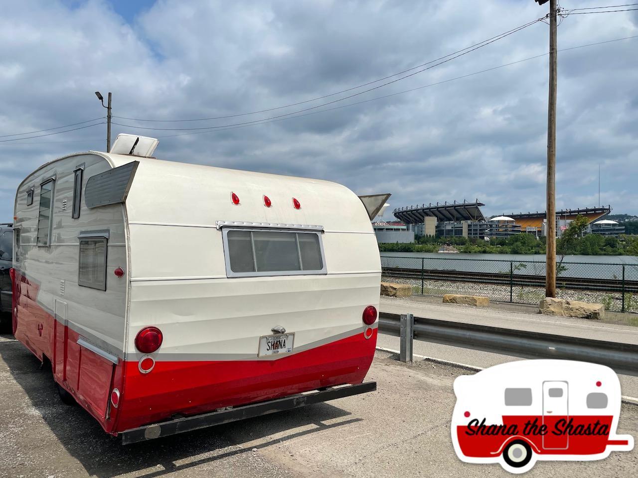 Vintage-Camper-Heinz-Field