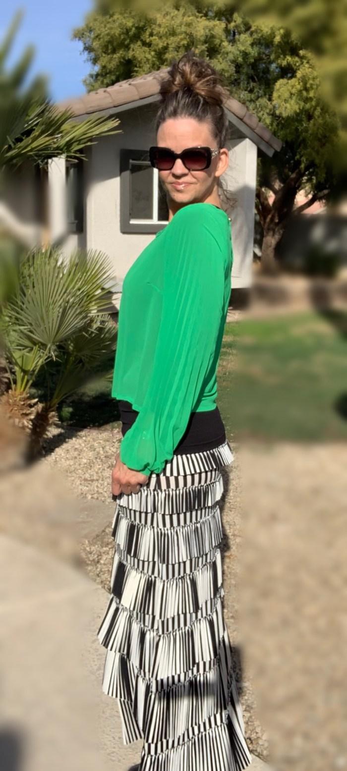 Pleated eleganza skirt ~ striped