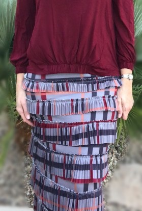 Pleated elegnaza skirt ~ Gray plaid