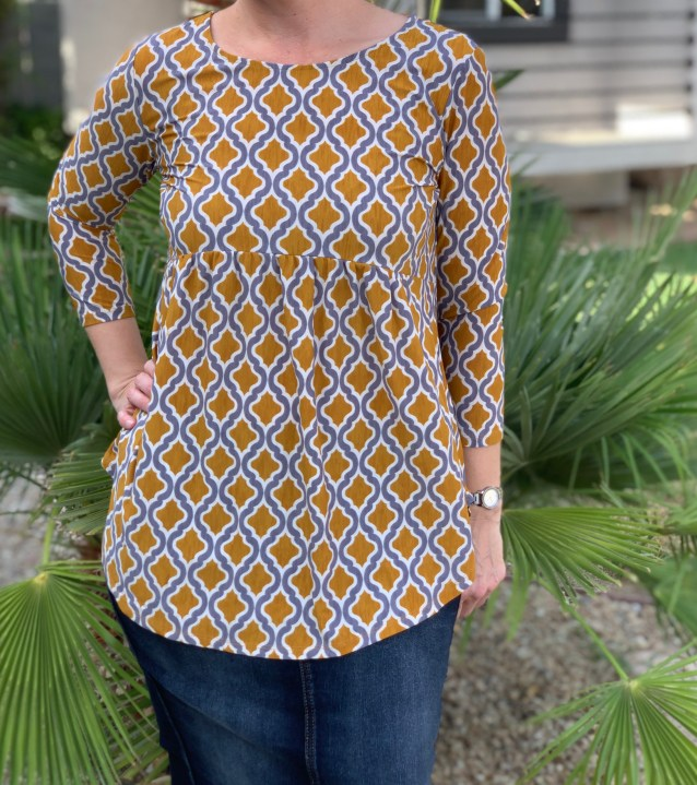 Gold gray medallion top