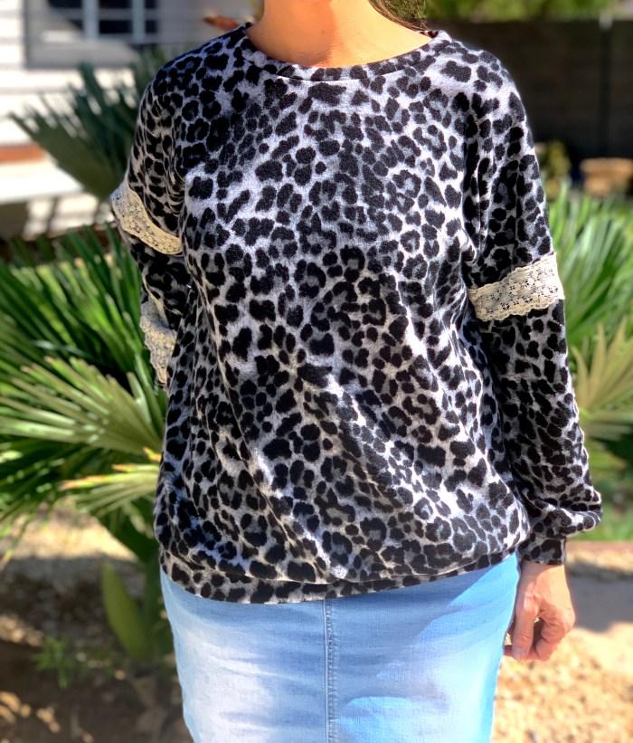 Gray leopard sweater lace tunic