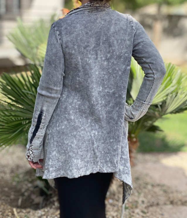 Gray lace embroidered cardigan