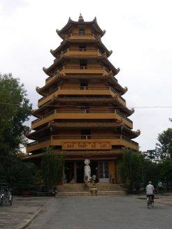 So many beautiful pagodas