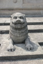 This guy reminded me of the dog statue in the original Ghostbusters. Friendlier, obviously.
