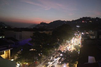 A rooftop restaurant in Kandy, where we had the best view and the worst service. Oh well!