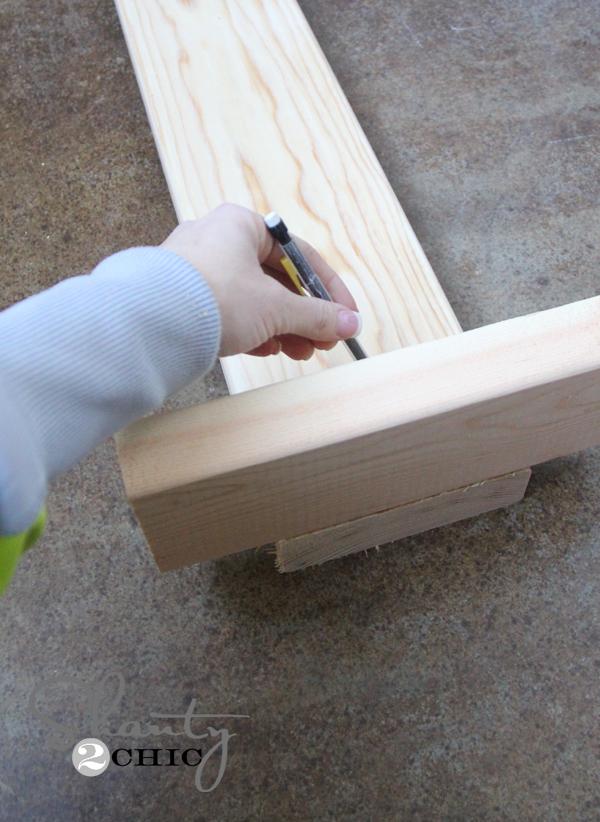 mark line on wood