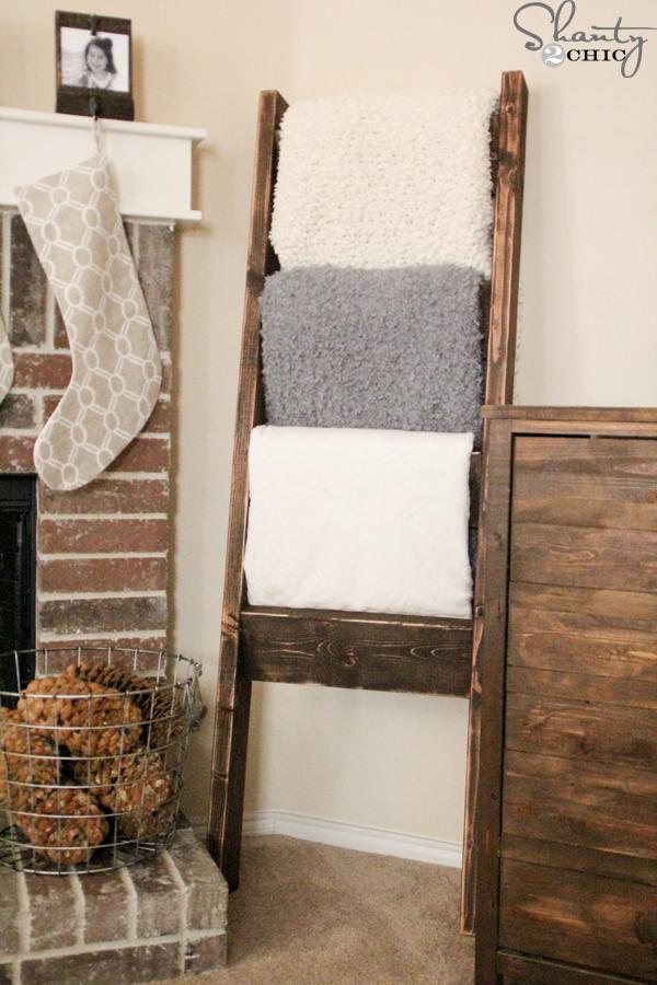 diy blanket ladder - DIY-Quilt-Ladder