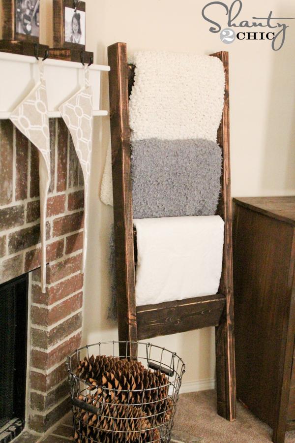 DIY-Wooden-Blanket-Ladder