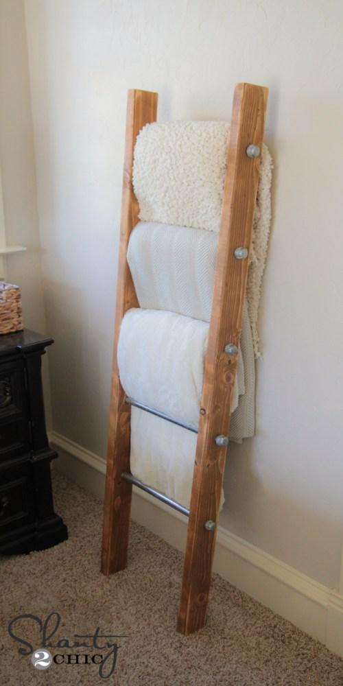Metal Pipe Blanket Ladder