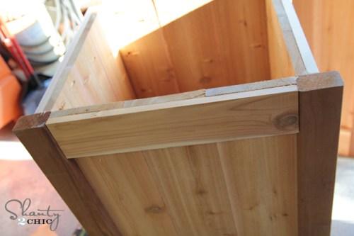 side of diy planter box bench