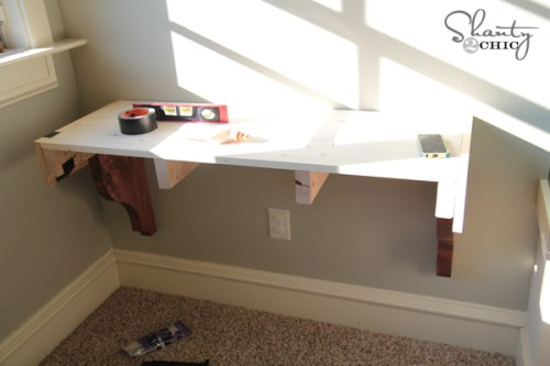 Building a corbel desk