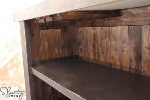 inside-of-bar