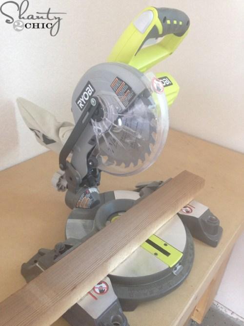 Ryobi-18v-miter-saw