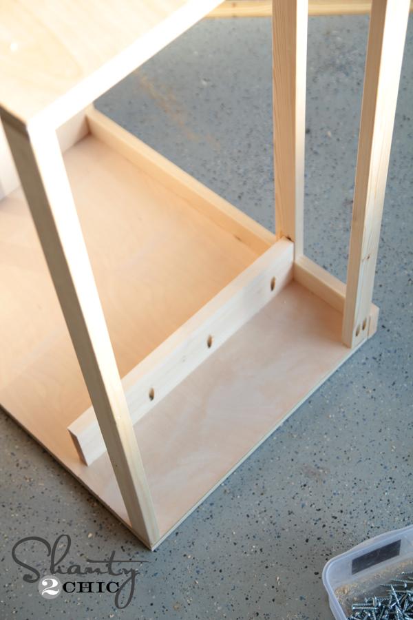 building top of nightstand drawer