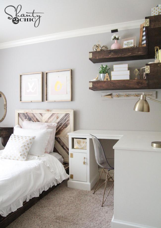 DIY Corner Shelves by Shanty2Chic