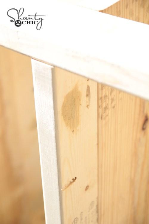 Filling pocket holes with wood filler