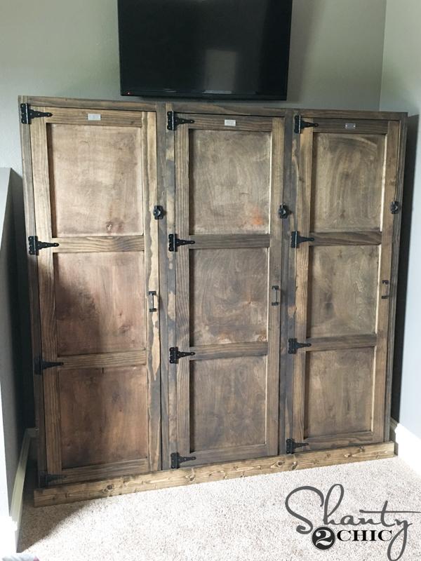 DIY-Wooden-Locker