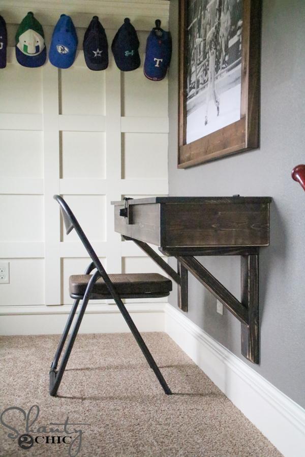 DIY-Floating-Desk-with-Storage