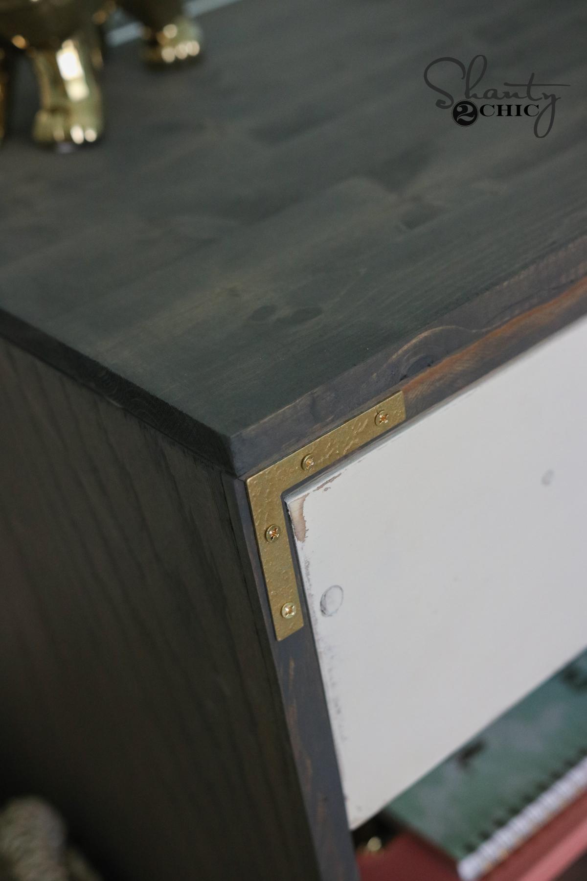 Gold Corner Pieces