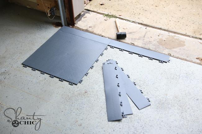 Edge pieces for garage flooring