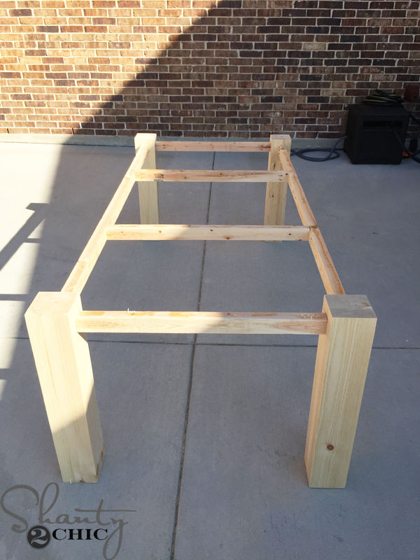 modern-farmhouse-table-frame