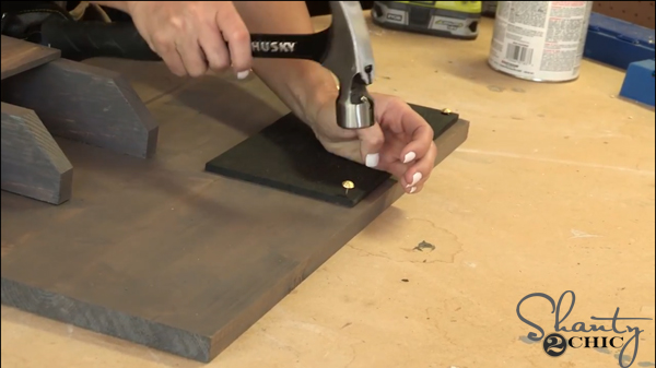 attach-chalkboard-piece-to-craftboard