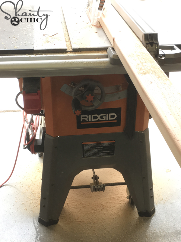 rip-boards-with-table-saw