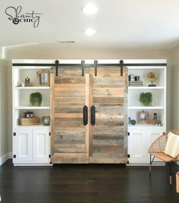 Do It Yourself Home Design: DIY Barn Wood Herringbone Wall Treatment And A Giveaway