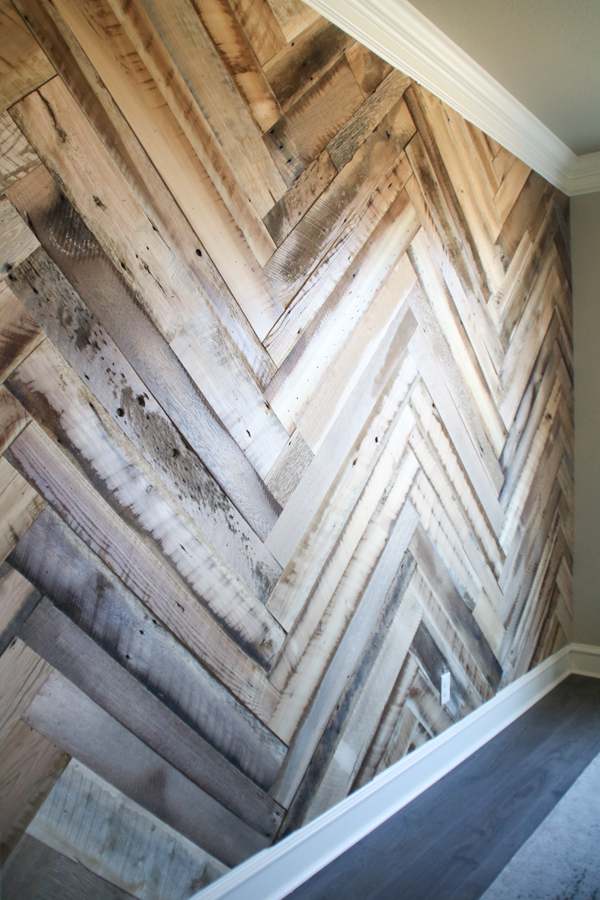 Diy Barn Wood Herringbone Wall Treatment Shanty 2 Chic
