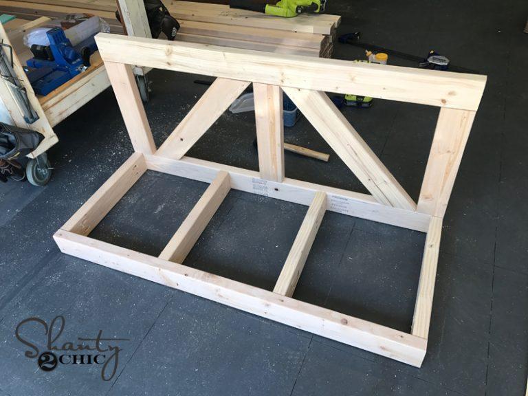 DIY $40 Farmhouse Porch Swing
