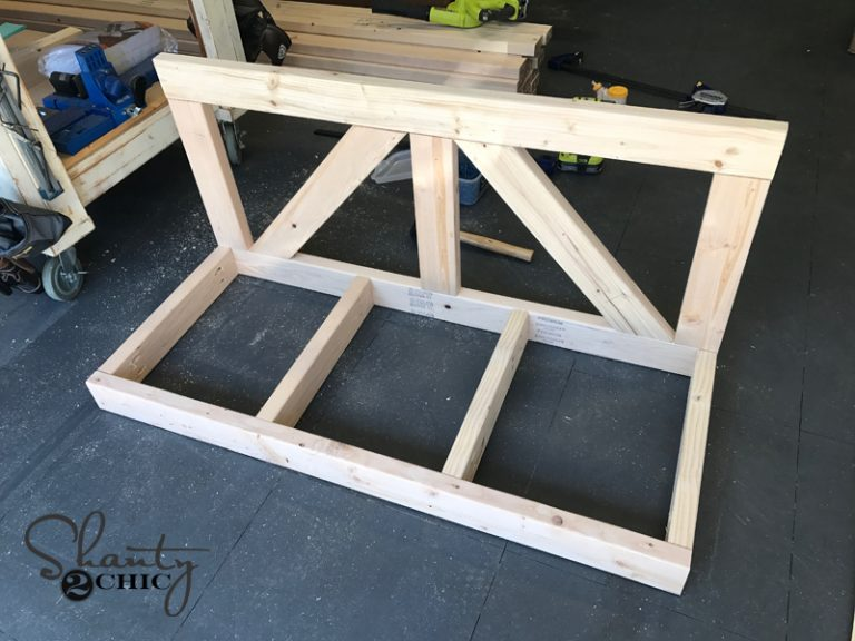 DIY $40 Farmhouse Porch Swing