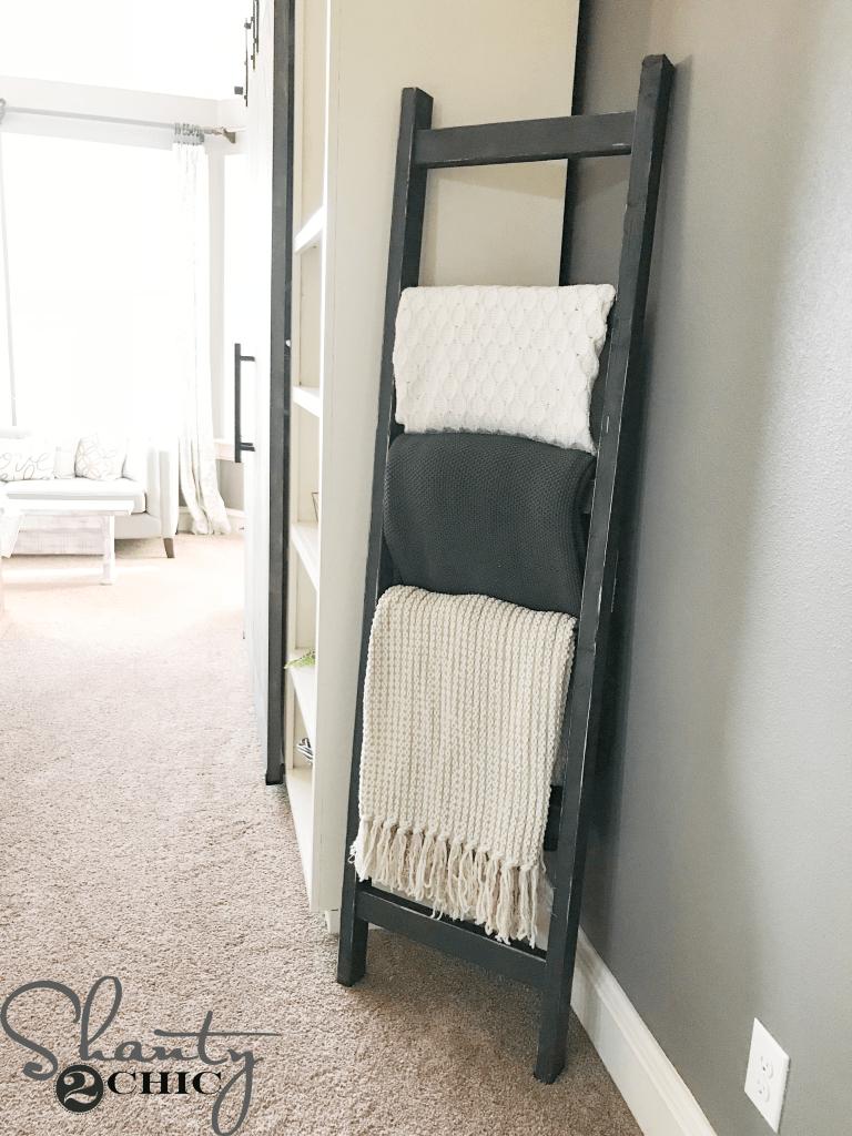 DIY $7 Rustic Blanket Ladder   Shanty 2 Chic