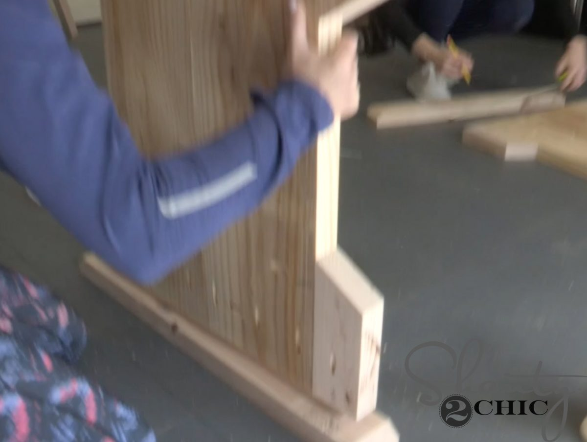 diy pew bench farmhouse table - leg base continued