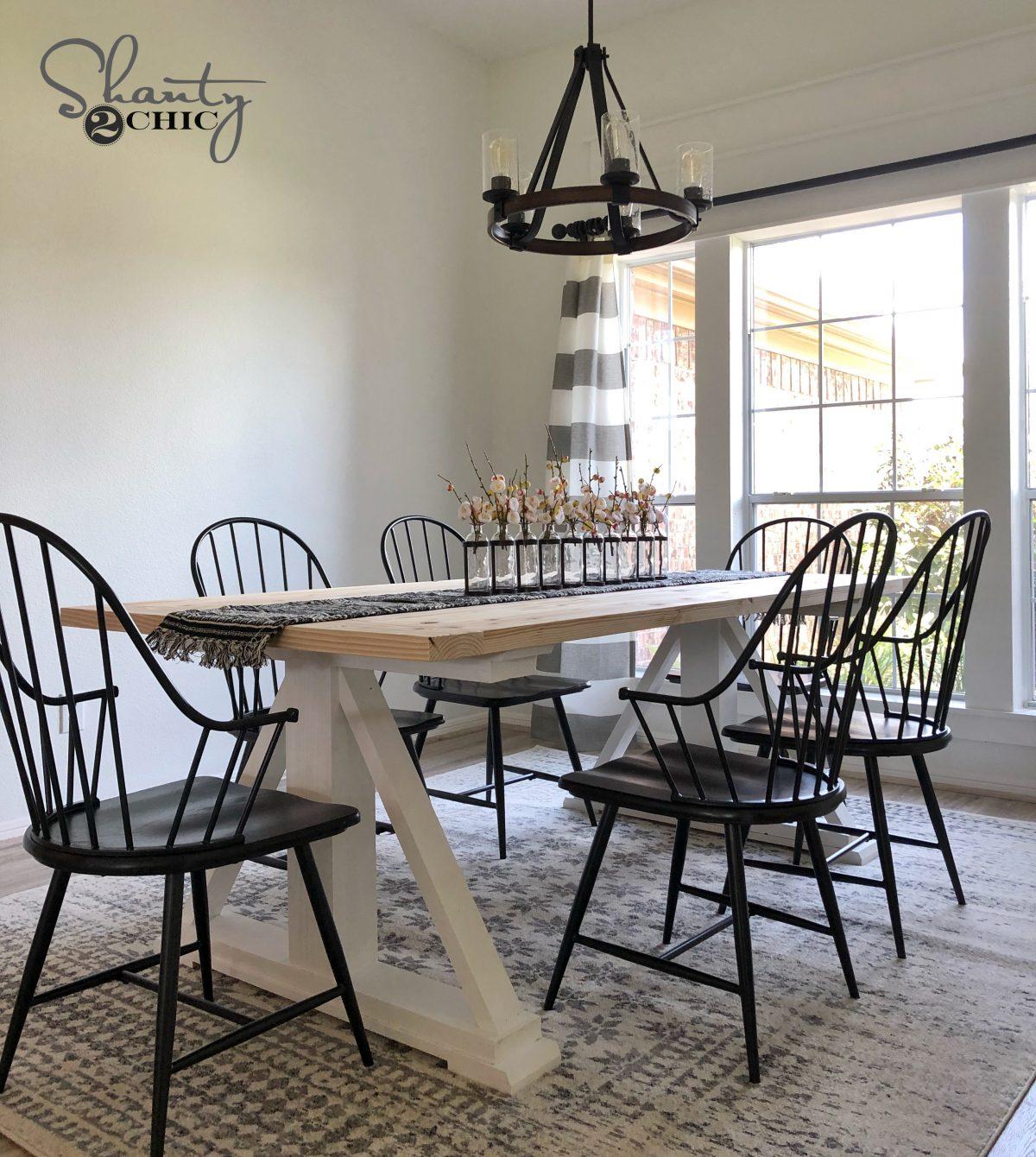 Farmhouse Dining Table: DIY Modern Farmhouse Dining Table