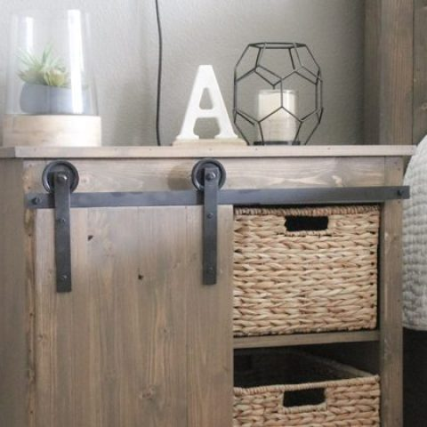 DIY-Sliding-Barn-Door-Nightstand