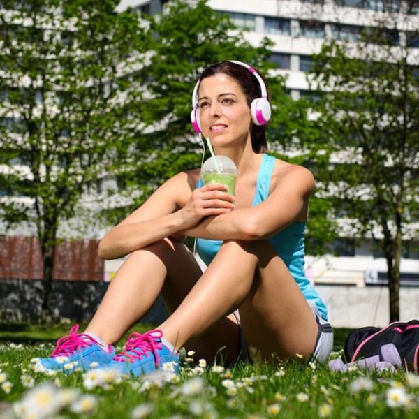 Σνακ ή shake μετά την προπόνηση; (Plus: Οι καλύτερες τροφές μετά τη γυμναστική)