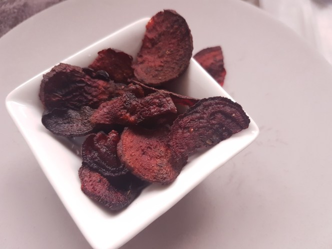 cooked beetroots as crisps