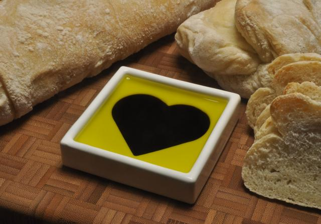 Shapeways Blog Share The Love With The Heart Dipping Dish
